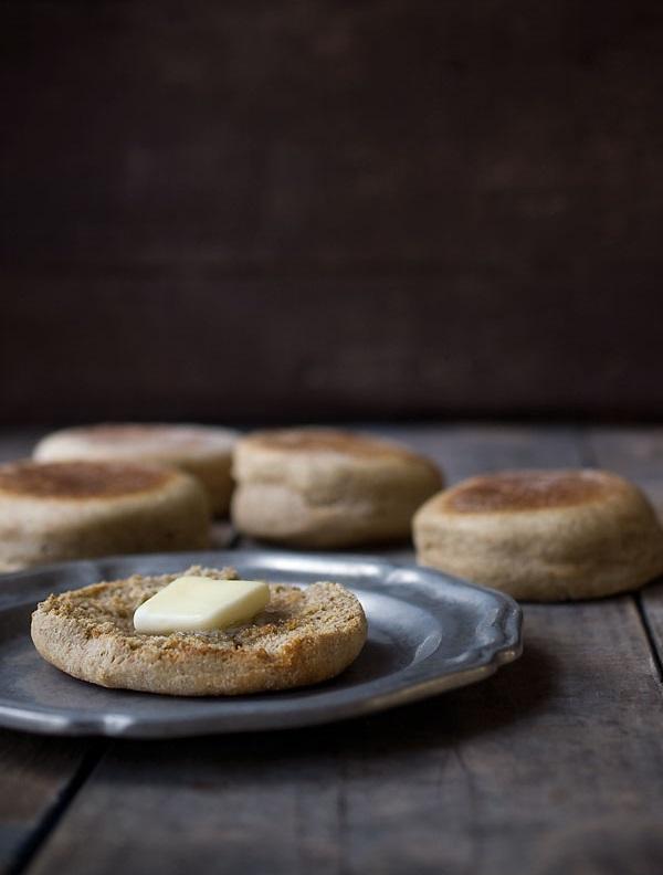 web-whole-wheat-english-muffins_5372