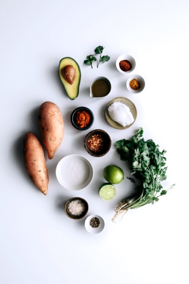02-spicy-sweet-potato-fries-with-coconut-and-lime-avocado-ingredients
