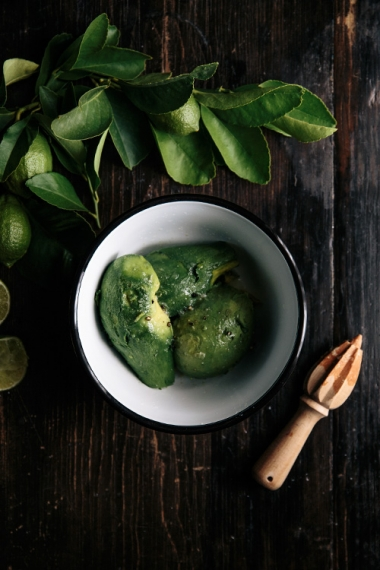 04-spicy-sweet-potato-fries-with-coconut-and-lime-avocado-bowl