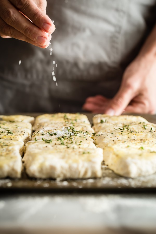 savory-thyme-biscuits-04-600x900