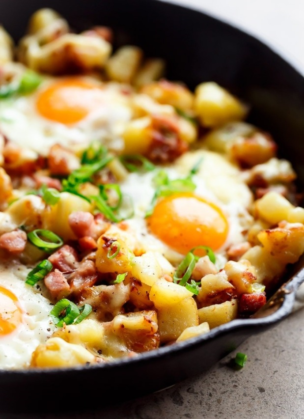 cheesy-bacon-egg-hash-37