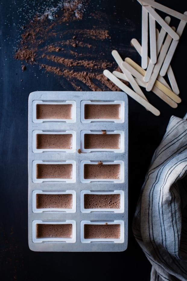 creamy-chocolate-mint-popsicles-vegan-16
