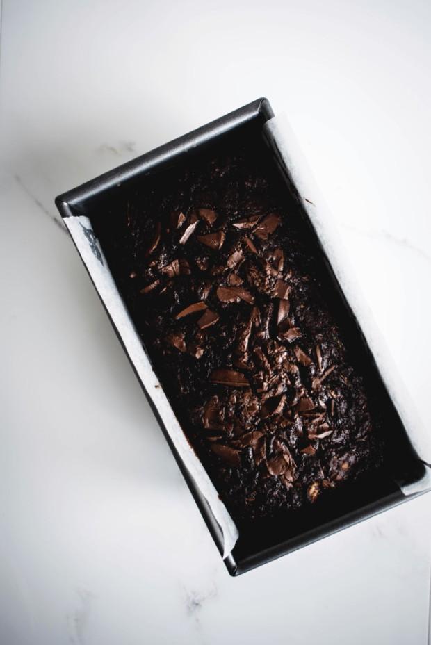 dark-chocolate-and-walnut-zucchini-bread-5-684x1024