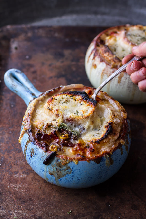 late-summer-corn-and-lobster-french-onion-chowder-with-gruyere-toasties-131