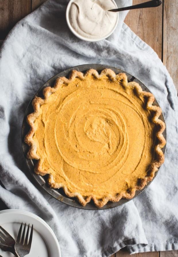 no-bake-pumpkin-pie-2-710x1024