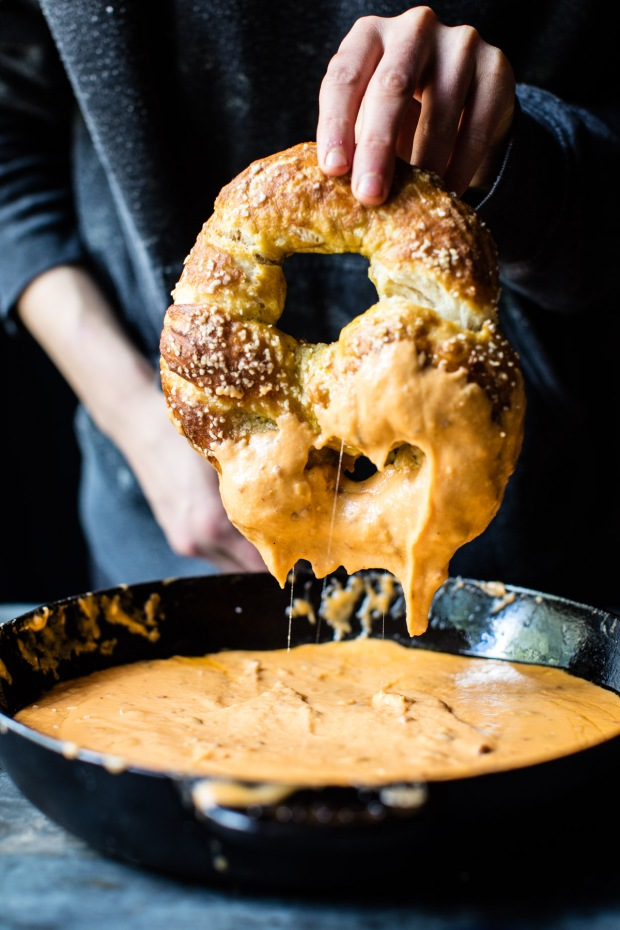 pumpkin-beer-pretzels-with-chipotle-queso-6