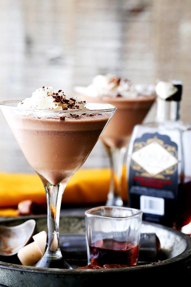 brandy-alexander-with-ice-cream