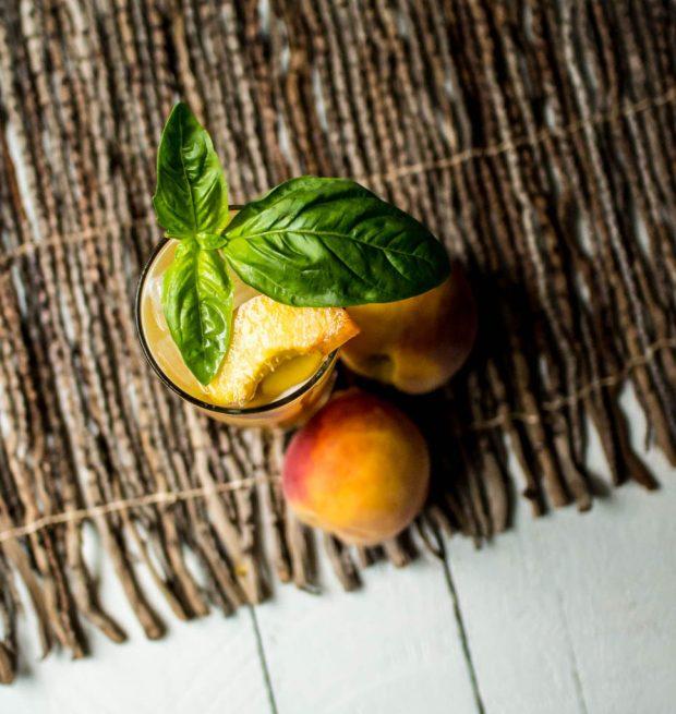 peach-basil-vanilla-vodka-mojito-6-968x1024