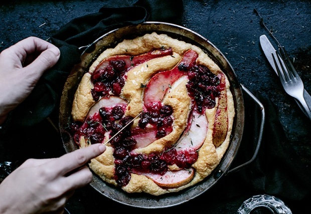 pear-cranberries-ble-cheese-thyme-omelette-1