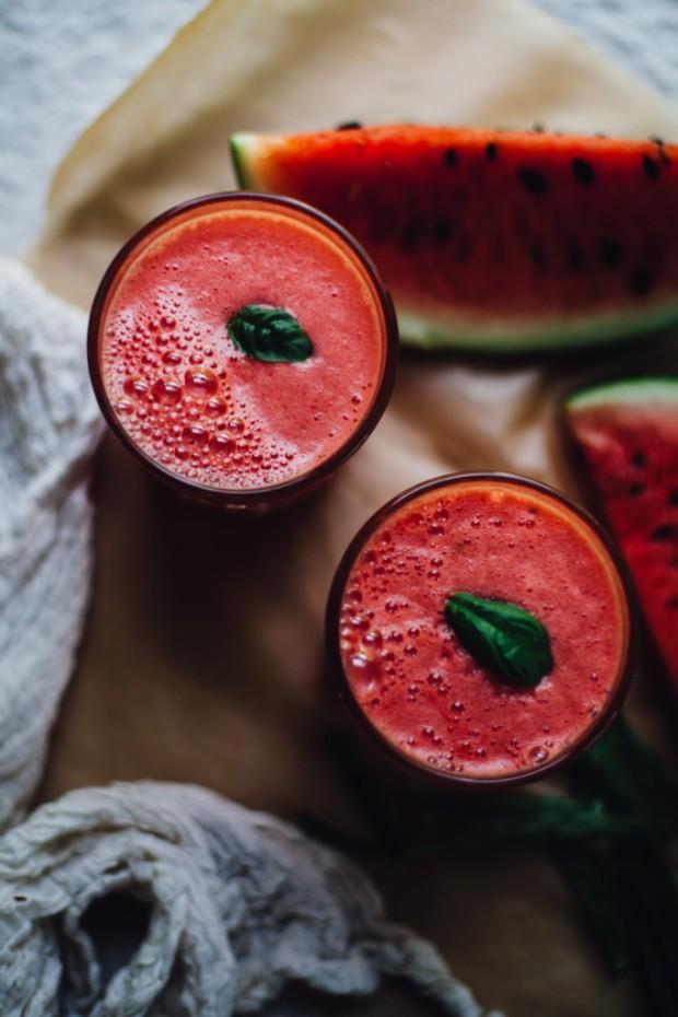 watermelon-coconut-aloe-juice-3793-682x1024