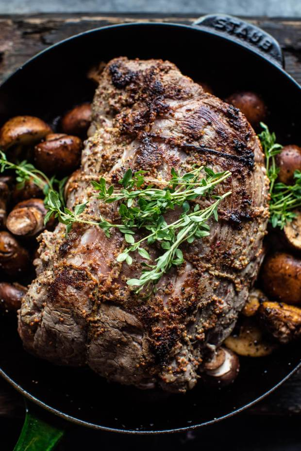 roasted-beef-tenderloin-with-mushrooms-and-white-wine-cream-sauce-3