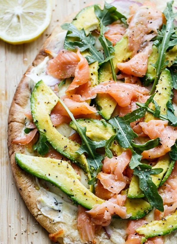 smoked-salmon-and-avocado-pizza-13