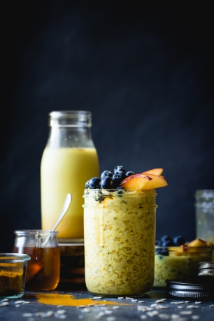 golden-milk-overnight-oats-gluten-free-vegan-12