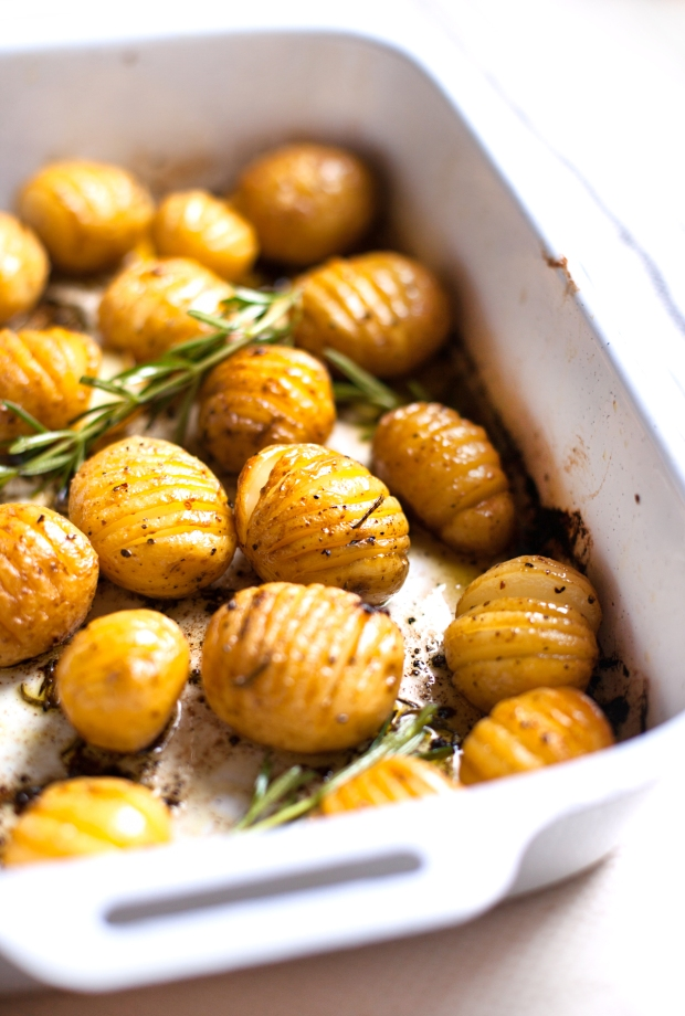 Rosemary-Roasted-Baby-Potatoes-0006