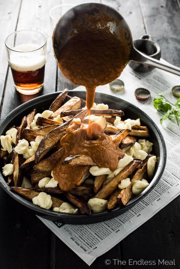 Vegetarian-Butter-Chicken-Poutine-680